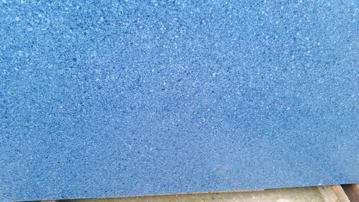 prisma blu capri1