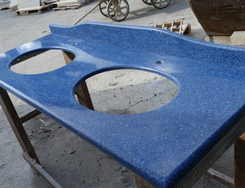 Top bagno in Okite (prisma blu capri)