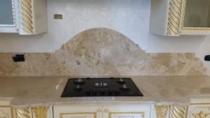 Top cucina in travertino lucido-220161103_121945-1