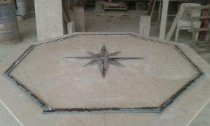 intarsio tavolo in marmo
