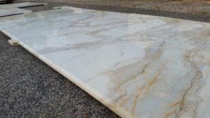 rivestimento marmo calacatta oro (3)