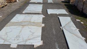 rivestimento marmo calacatta oro (7)