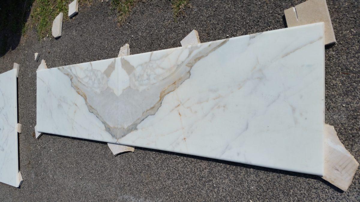 rivestimento marmo calacatta oro (8)